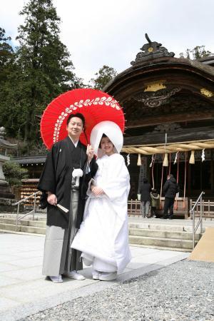 小国神社の結婚式.jpg